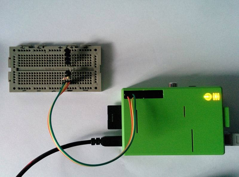 Six DS18s20 connected to a Raspberry Pi